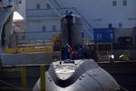Toàn cảnh quá trình tàu ngầm kilo Hà Nội hạ thủy xuống vịnh Cam Ranh