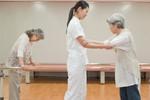 5 bài tập phục hồi chức năng cho người bị tai biến mạch máu não