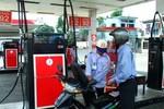 Từ 1/4, không tăng giá xăng, giá dầu giảm 239 đồng/lít
