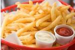 Cục ATTP kiểm tra gấp mẫu khoai tây chiên tại cửa hàng KFC