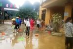 Trường học tan hoang vì mưa lũ, hàng nghìn học sinh chưa thể đến trường