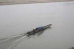 Lật thuyền trên sông Mã, 2 anh em họ mất tích