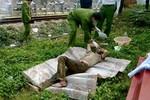 Tá hỏa khi phát hiện xác người chết cứng nằm cạnh đường sắt