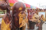 Độc đáo chợ hoa quả ngày cuối năm thu hút cả vạn người xem, mua