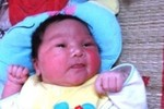 Bệnh viện ở Thanh Hóa bất ngờ vì bé sơ sinh nặng 5,1kg