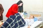 Hoa hậu Ngọc Anh chia sẻ cùng bệnh nhân ung thư