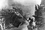 Kỷ niệm ngày chiến thắng phát xít và bài học về hiểm họa độc tài Hitler