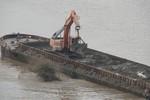 Điều tra, làm rõ phản ánh xả thải xuống sông Hồng