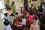 Báo động quá tải các trường Mầm non công lập, giáo viên vắt kiệt sức để chăm trẻ