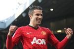 Van Persie sẽ lật đổ Quả bóng Vàng Messi?