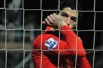 Liverpool 'trảm' vua ăn vạ Luis Suarez