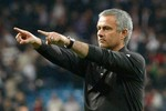 Giấc mơ La Decima đang tuột khỏi tầm tay Mourinho