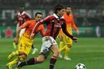 Xem trực tiếp Barcelona - AC Milan (02h45), kênh VTV3