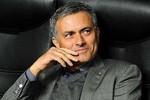Mourinho: Gã Don Kijote một mình chống lại... tất cả