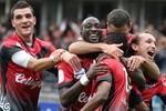 Thêm một đội bóng châu Âu 'hủy sô' ở Việt Nam