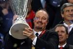 Chữa cháy xong, Chelsea không cần người dập lửa Benitez