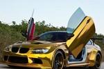 Mãn nhãn với BMW M3 mạ vàng 'lai' Lamborghini