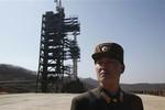 Triều Tiên tuyên bố sẽ hoãn phóng tên lửa tới 29/12