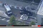 Video: Xe chở Thủ tướng Nhật Bản và đoàn hộ tống tông liên hoàn