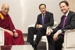 Anh: Thủ tướng Cameron không có lý do gì phải xin lỗi Trung Quốc