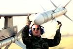 Hàn Quốc muốn mua 260 quả tên lửa không đối không AIM-120C-7 của Mỹ