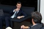 Assad thách phương Tây đưa ra bằng chứng, cảnh báo Pháp chớ can thiệp