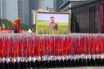 Ảnh: Triều Tiên diễu hành kỷ niệm 65 năm ngày quốc khánh