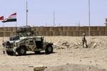 20 xe chở thiết bị sản xuất vũ khí hóa học Syria vượt biên qua Iraq