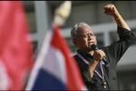 """Suthep buộc tội Thủ tướng Thái Lan """"phản quốc"""", săn đuổi gia đình bà"""