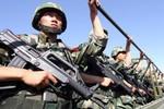 """""""Khủng bố"""" tập kích cảnh sát Tân Cương, 16 người thiệt mạng"""