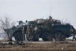 Video: Lực lượng Nga tập kết ở biên giới Ucraine
