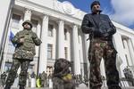 Ukraine từ bỏ SNG, lên kế hoạch sơ tán dân khỏi Crimea