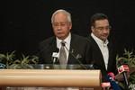 Malaysia kết luận máy bay đâm xuống biển, Trung Quốc đòi chứng cớ