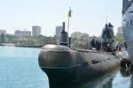 Nga trả Ukraine 1 tàu ngầm không thể tự di chuyển