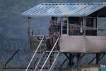 Hàn Quốc: Đấu súng với binh sĩ giết đồng đội bỏ trốn