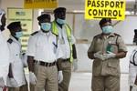 5 lý do không nên quá hoảng sợ trước virus Ebola
