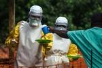 Dịch Ebola: 8 nhân viên y tế Trung Quốc bị cách ly tại Sierra Leone