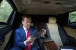 Hacker tấn công Twitter của Thủ tướng Nga đăng thông điệp từ chức
