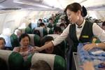 """Hãng hàng không Trung Quốc bị kiện vì """"cấm cửa"""" người nhiễm HIV"""