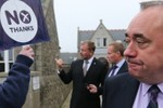 """Thủ hiến Scotland tuyên bố người đi bỏ phiếu đã bị London """"lừa"""""""