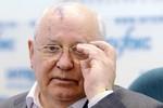 """Gorbachev nhập viện và đang đấu tranh """"giành sự sống"""""""