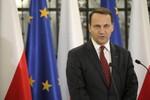 Cựu Ngoại trưởng Ba Lan: Putin từng đề nghị chia Ukraine với Warsaw