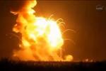 Video: Nổ tên lửa phóng tàu con thoi của NASA