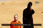 Đao phủ đeo mặt nạ của IS bị thương trong cuộc không kích của Mỹ