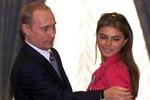 Putin thừa nhận đang yêu, nhưng từ chối tiết lộ tên bạn gái
