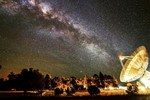Nhà khoa học Úc bắt được tín hiệu vô tuyến ngoài hành tinh