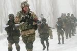 """""""Viện trợ quân sự trực tiếp cho Ukraine là ngu ngốc và nguy hiểm"""""""