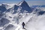 Everest bị giảm chiều cao sau động đất tại Nepal