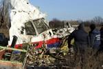Báo Nga: Chuyên gia đã tìm ra loại tên lửa và quỹ đạo bắn rơi MH17