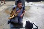 Dân Trung Quốc phẫn nộ đánh trộm chó